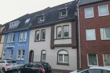 Gepflegtes Mehrfamilienhaus in Gelsenkirchen-Buer, 45894 Gelsenkirchen, Renditeobjekt