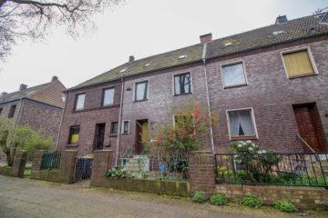 Erfüllen Sie sich jetzt Ihren Traum vom Eigenheim – ideal für Heimwerker!, 47169 Duisburg, Reihenmittelhaus