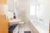 Möbliert | Hochwertige Mietwohnung inkl. Küche und einem großen Balkon - Badezimmer